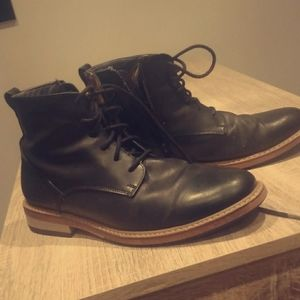 Men's autumn or spring fashionable boots.
